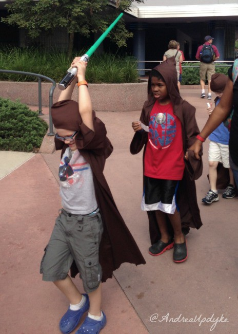 Jedi Training Line Leader front