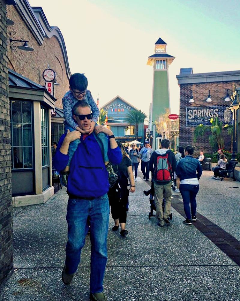 Disney Springs on Daddys Shoulders