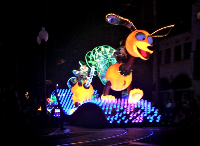 Slinky Dog in Paint the Night Parade California Adventure