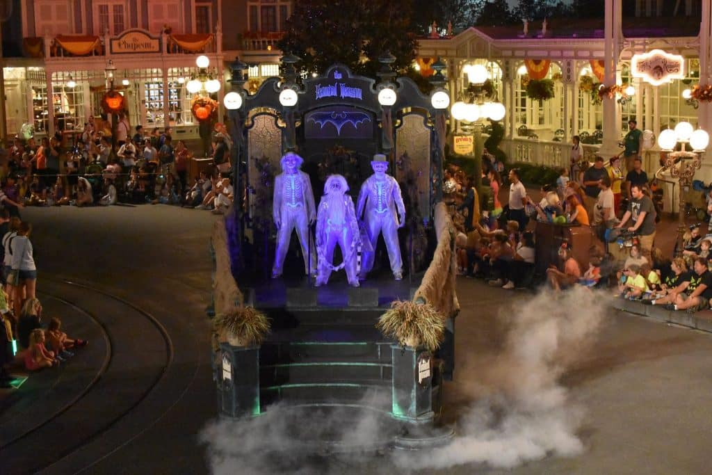 Hitchhiking ghosts parade float disney halloween party