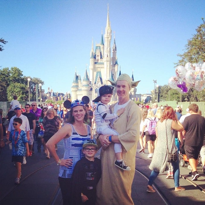 Disney Halloween family costume star wars
